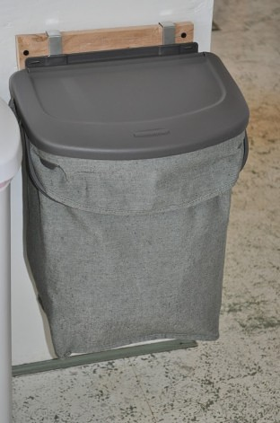 Rubbermaid Hidden Recycler Review & Giveaway