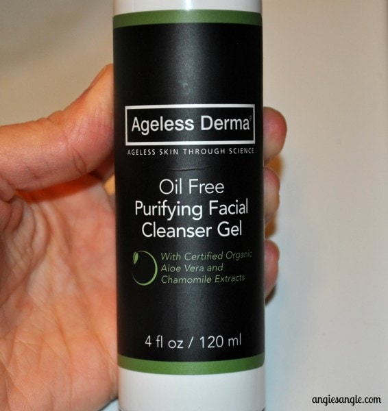 Beauty Monday: Looking for a new Oil Free Face Wash?  #agelessderma