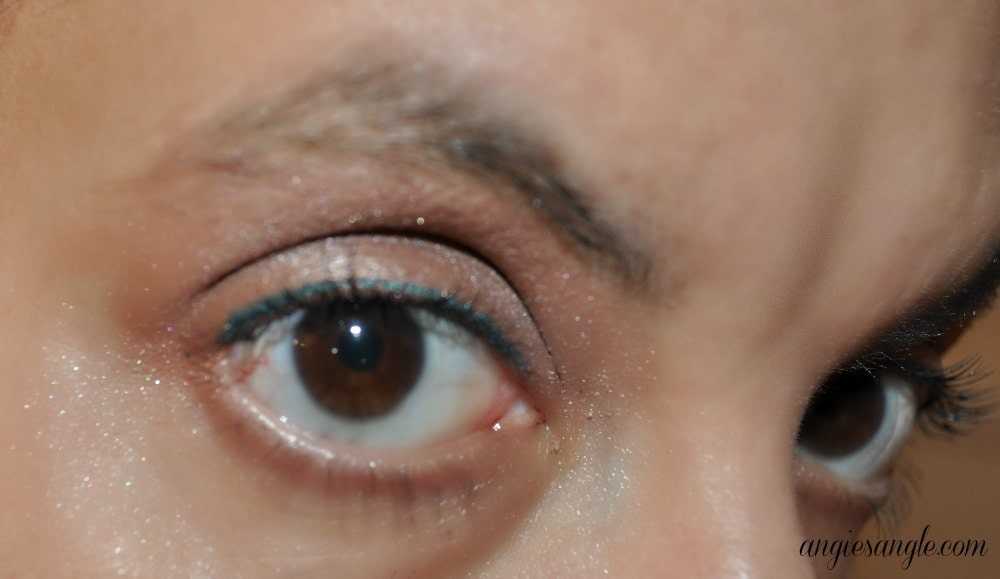 Beauty Monday: Neutrogena Long Wear Eye Shadow