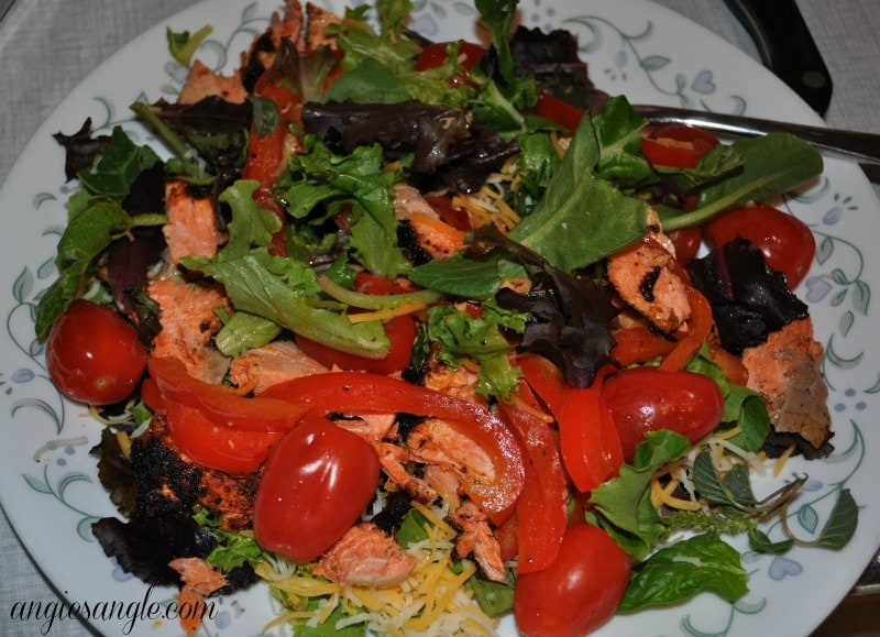 Catch the Moment 365 - Day 125 - Salmon Fajita Salad