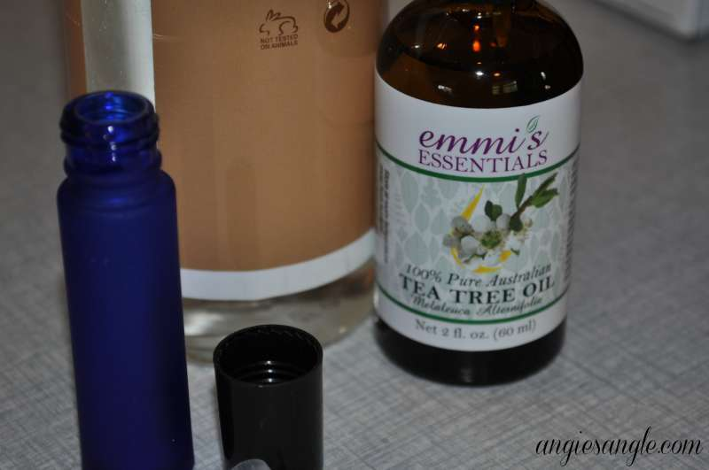 Australian Tea Tree Oil by Emmis Essentials - Mixing