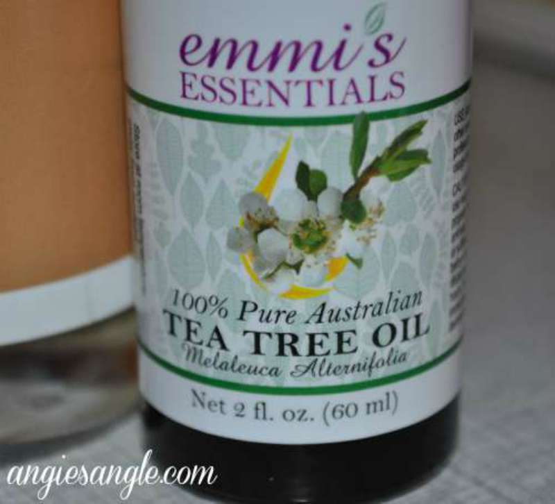 Australian Tea Tree Oil by Emmis Essentials