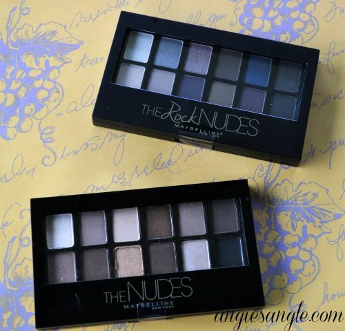Hugs and Kisses Giveaway Hop - Eyeshadows