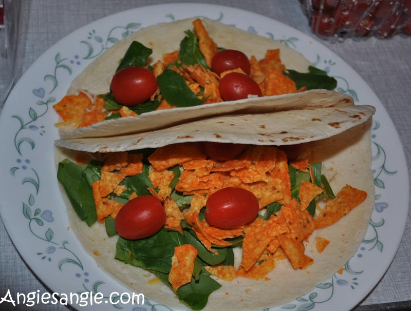 Catch the Moment 366 Week 6 - Day 41 - Pulled Chicken Tacos