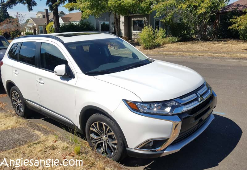 Catch the Moment 366 Week 35 - Day 241 - Mitsubishi Outlander Test Drive