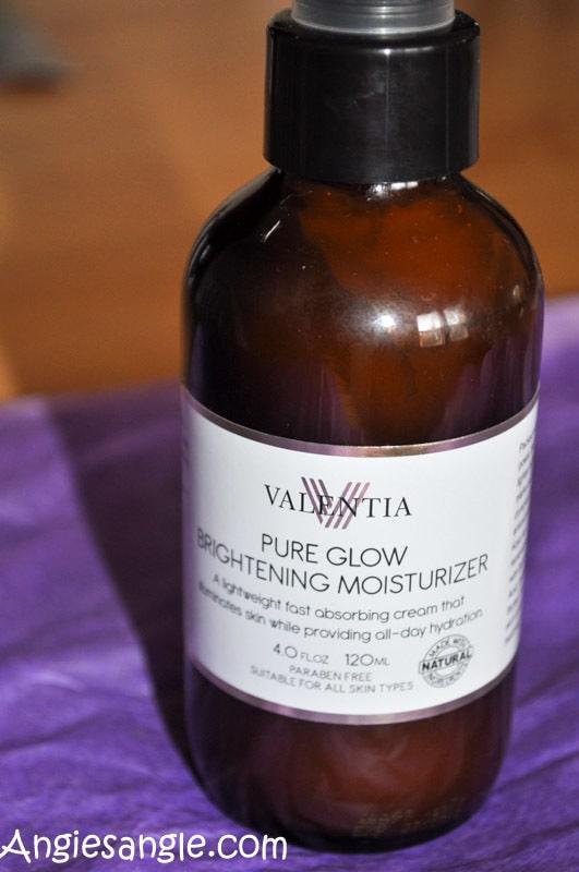 skin-glows-with-valentia-2