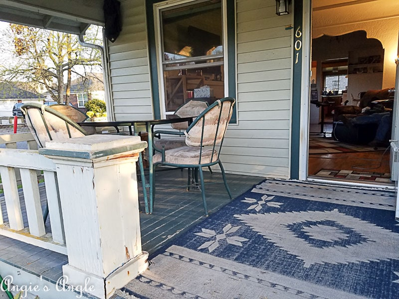 2018 Catch the Moment 365 Week 16 - Day 112 - Cleaned Porch