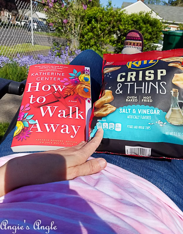 2018 Catch the Moment 365 Week 17 - Day 113 - Snack and Reading in the Sun