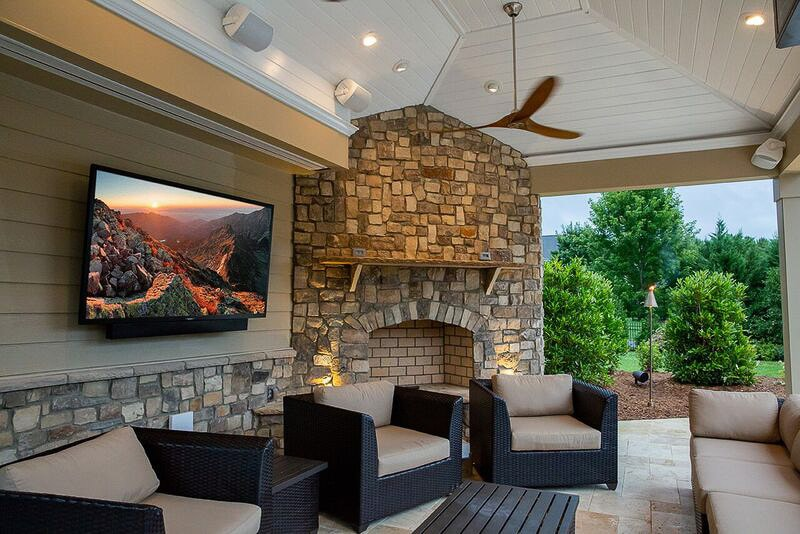 Outdoor-Space-Idea-with-Weatherproof-TV