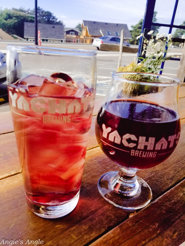 Yachats-Brewing Drinks