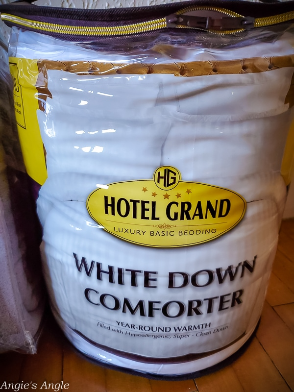 Hotel Grand Down Comforter (1)