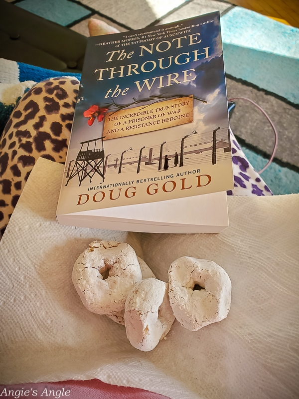 2021 Catch the Moment 365 - Week 13 - Day 86 - Donuts and Reading